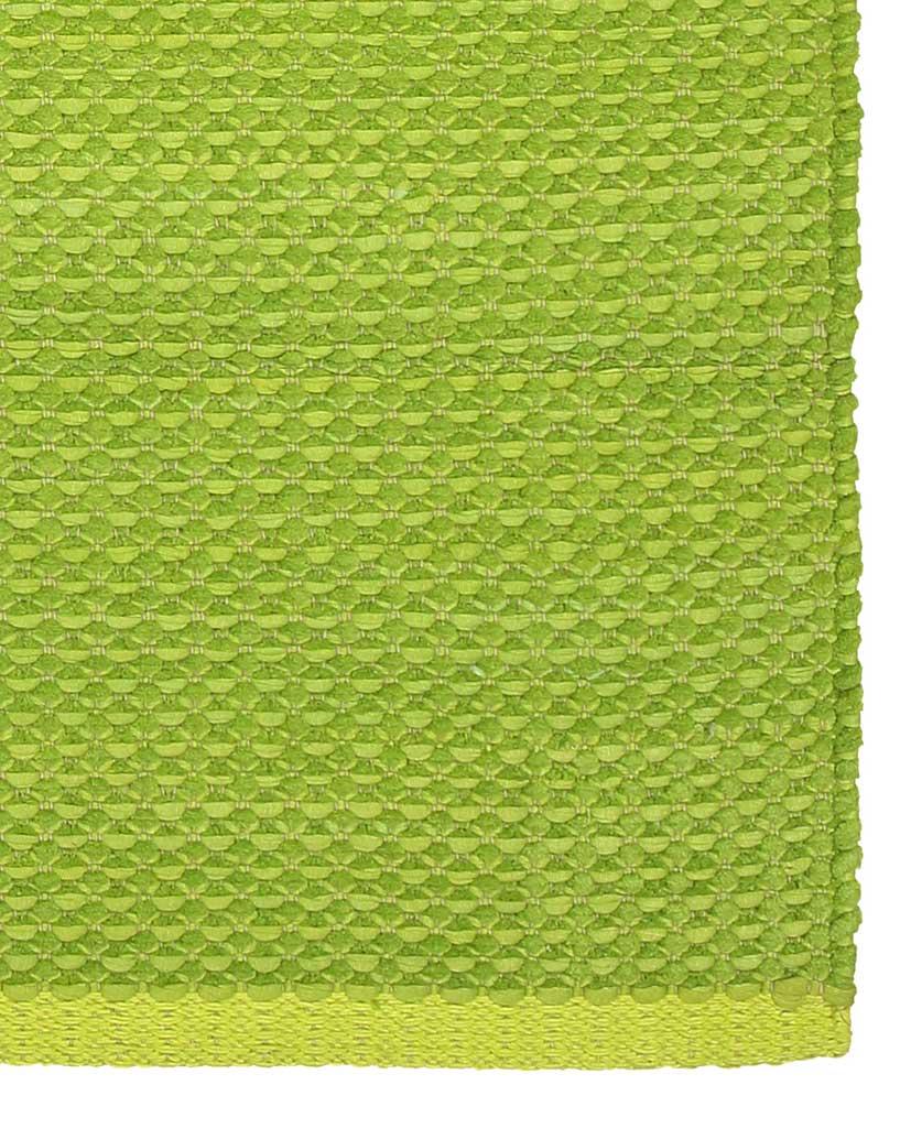 Finarte Aurora chenille rug in green