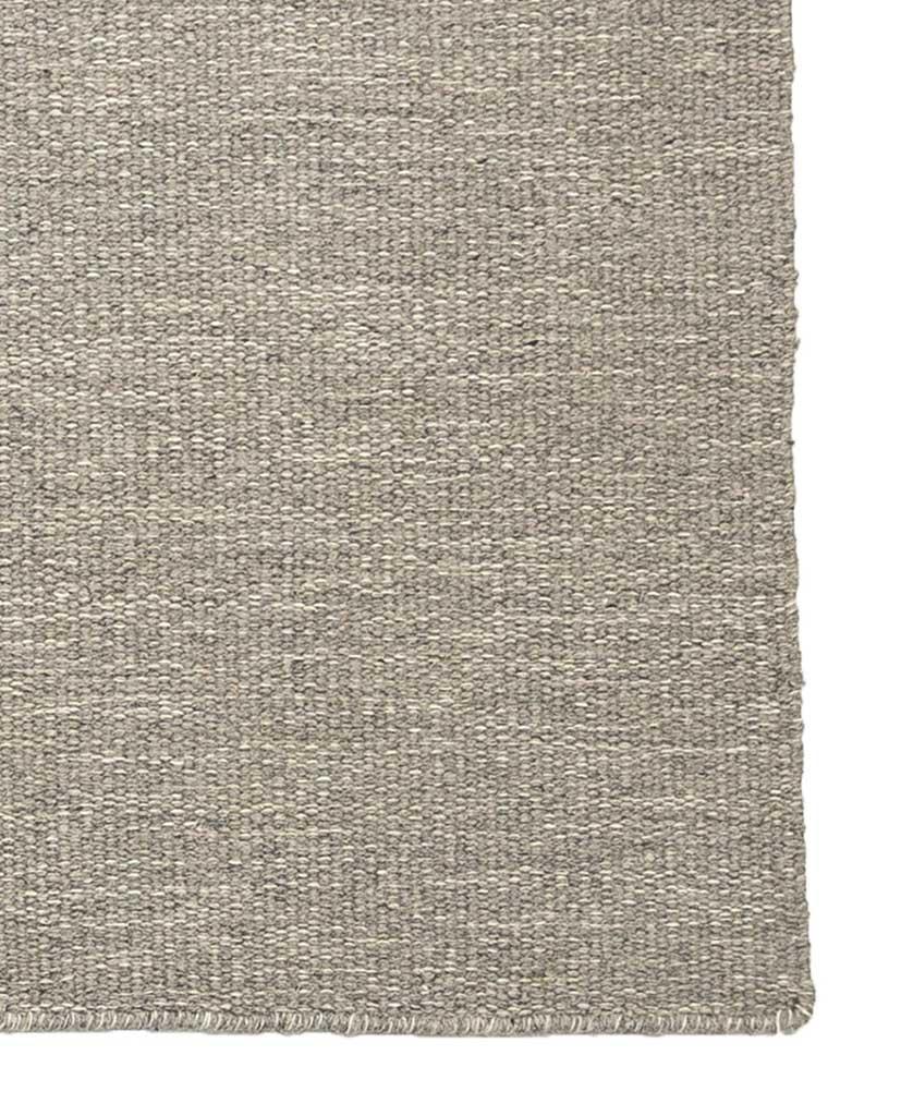 Finarte Norm wool rug in grey